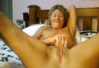 Fascinating documentary masturbation vieille femme this