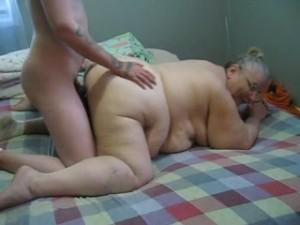 jeune-cougar-mamie-obese-levrette-sextape