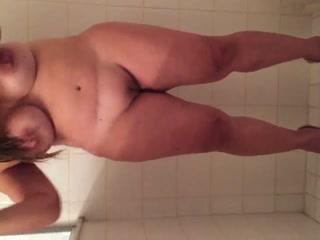 gros seins douche sexe jeune chatte serrée se faire baiser
